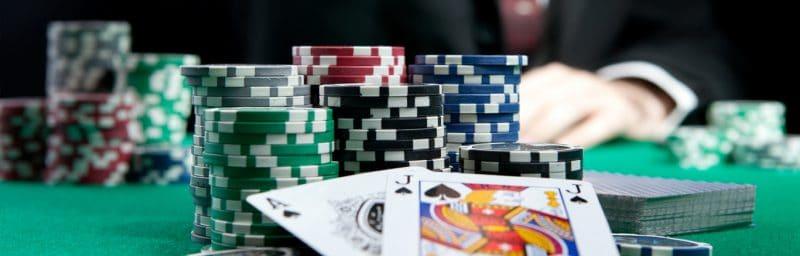 progressive poker