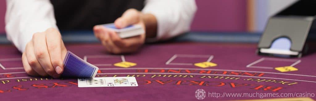 juega al blackjack contra crupiers en vivo