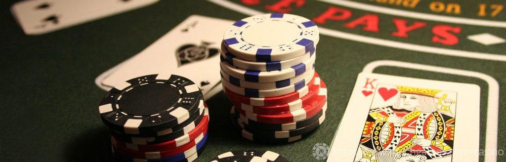 jugar al blackjack sin descargar gratis o por dinero real
